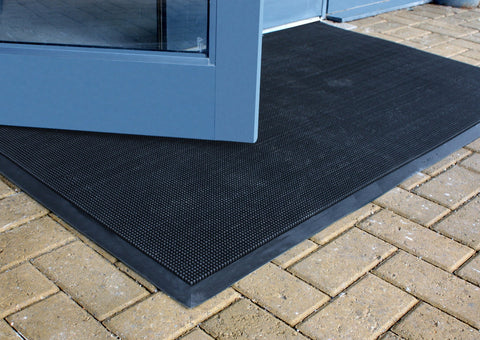 RubberNeedle Outdoor Door Mat / Entrance Mat