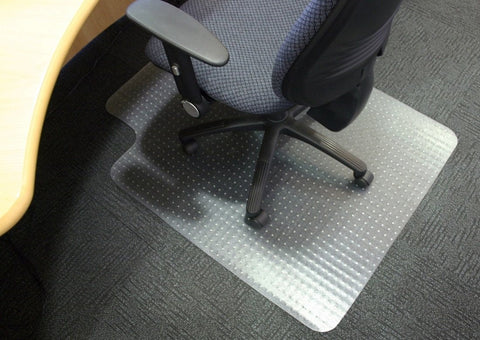 Office chair mat with lipped edge