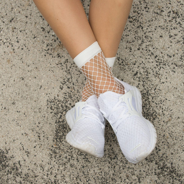 Fishnet Ankle Socks - Cali Diamond