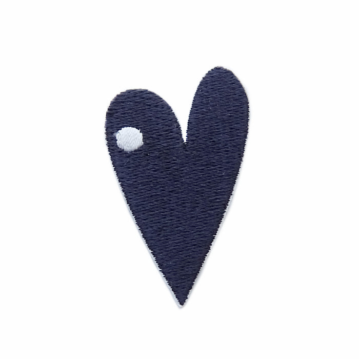 Heart nose iron-on embroidered patch