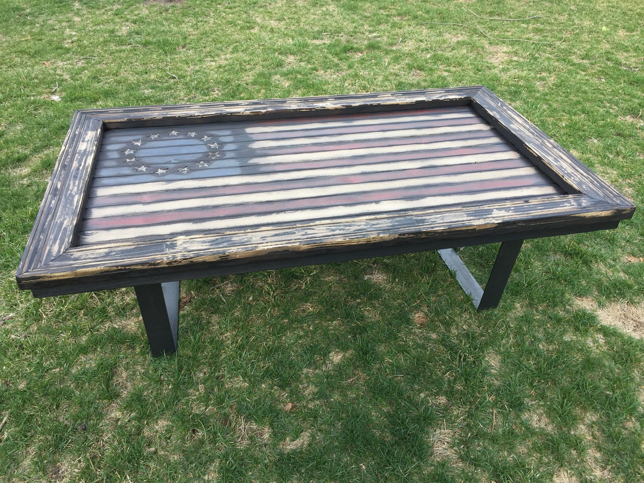 SPECIAL Betsy s Colonial Freedom American Flag Coffee Table
