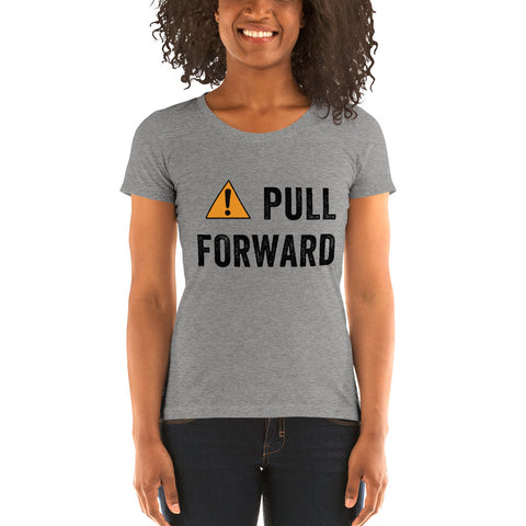 PULL FORWARD Short Sleeve T-shirt
