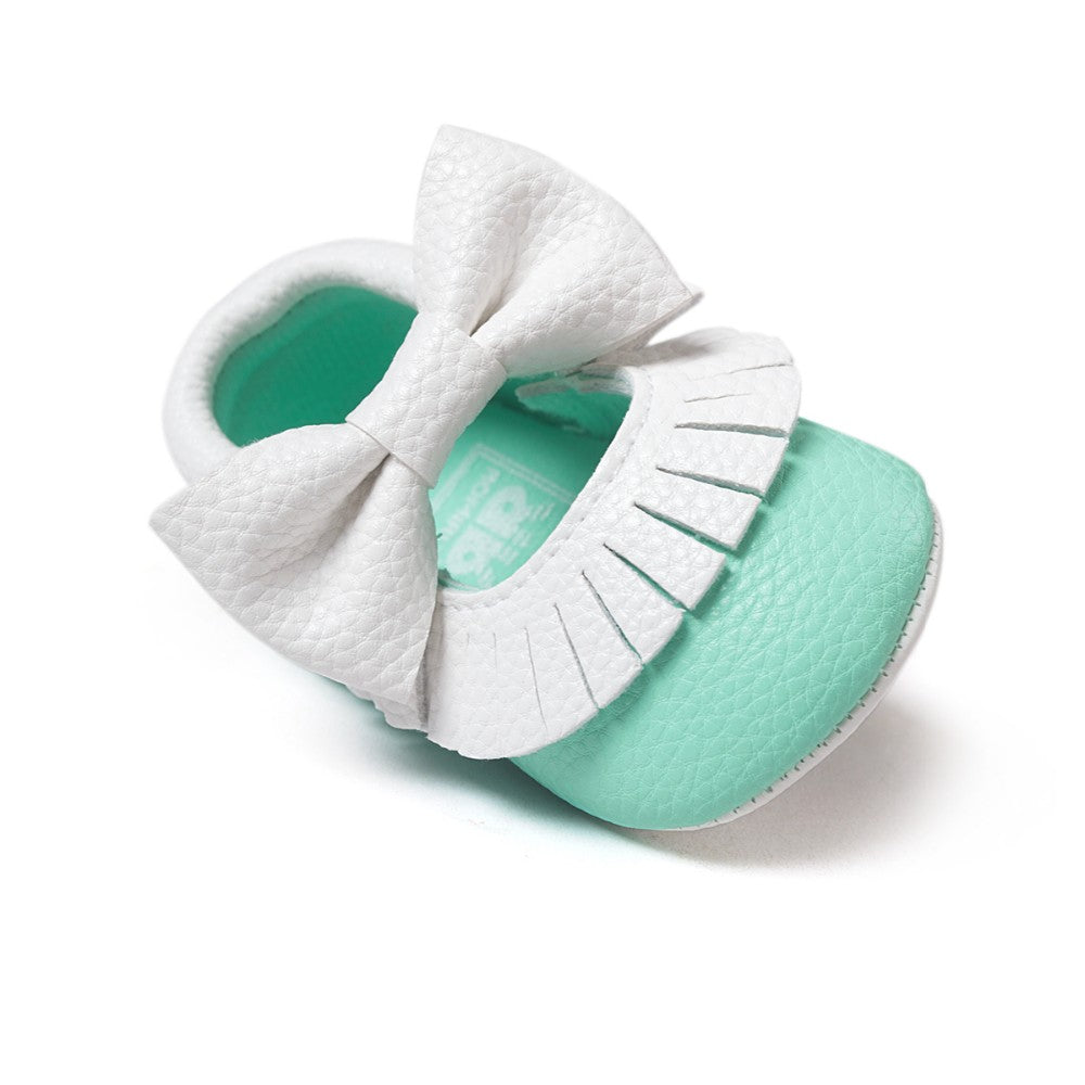 Textured Baby Girl Bow Moccasins