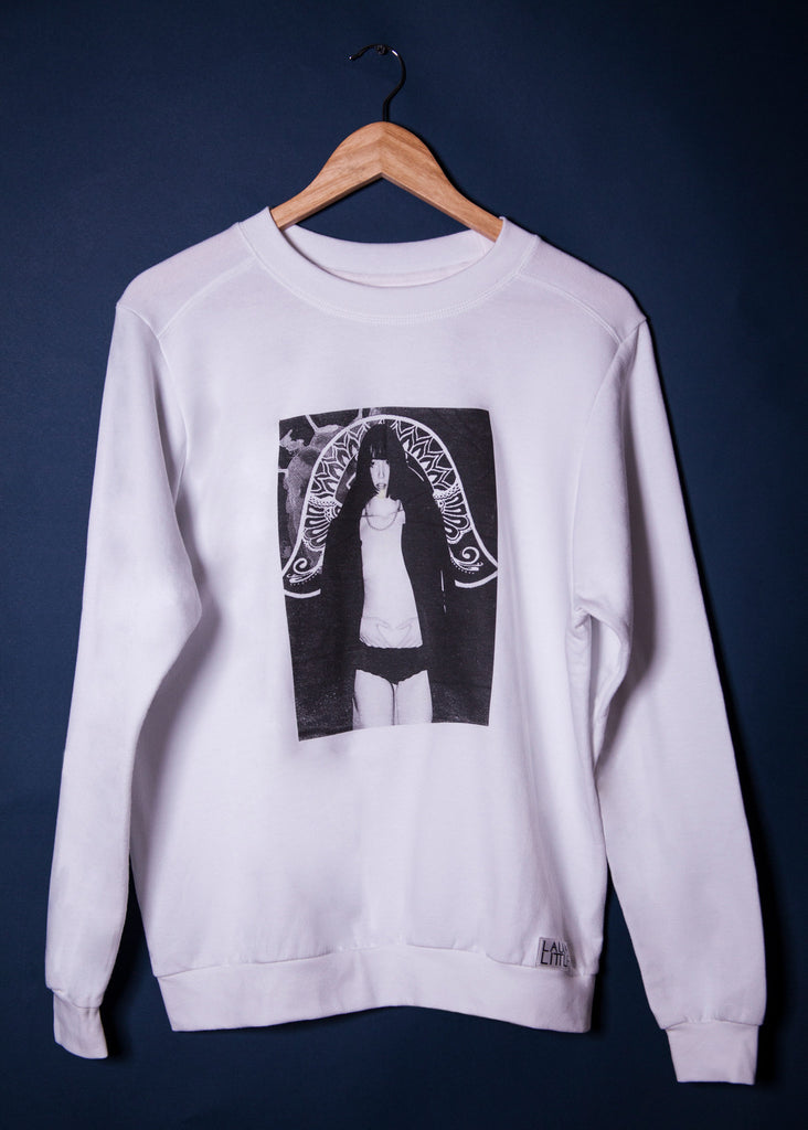 White Sweatshirt Medium