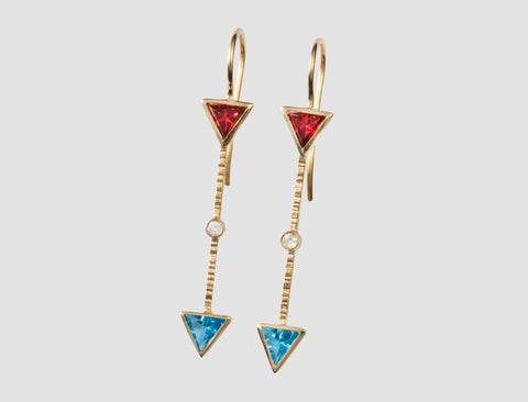 AE2 - Athena Gold earring with diamond and natural stones