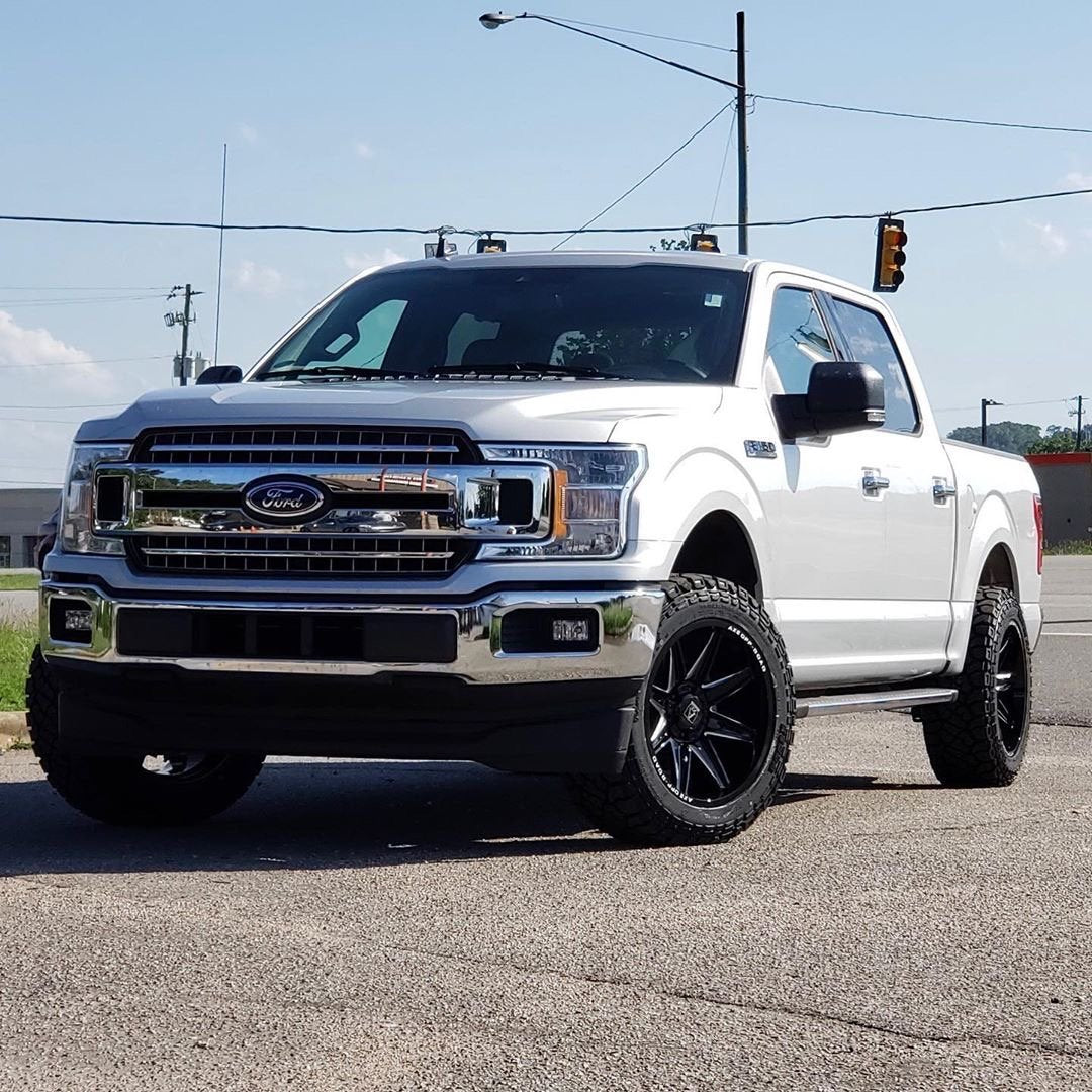 2019 Ford F-150 XLT Packages