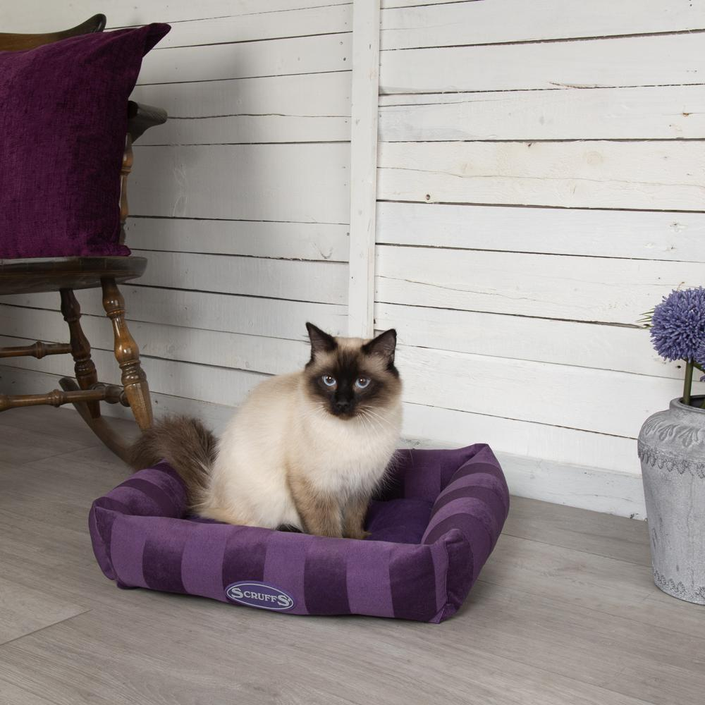 AristoCat Lounger Cat Bed - Plum Cat Bed Scruffs®