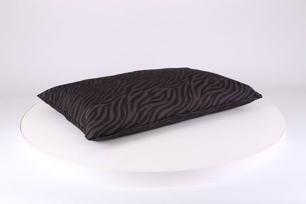 Expedition Orthopaedic Pillow Bed - Black & Grey Stripe