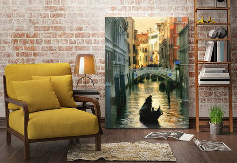 Gondola in Venice Canvas