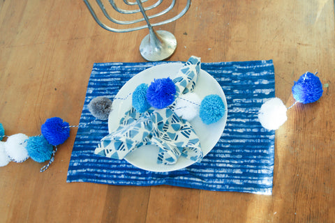 Blue Hanukkah Table Runners Table Setting TIps