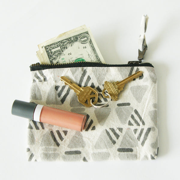Gift Set: Grey Triangle Block Printed Zipper Pouch