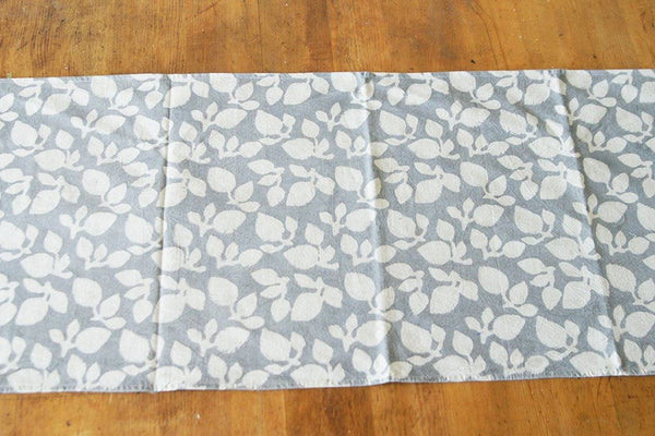 Table Runner Blockprint Grey Leaf Pattern