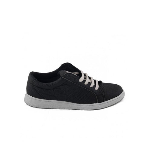 Nae Piñatex Basic Sneakers in Black-Womens Sneakers-Amanda Jay-Unicorn Goods
