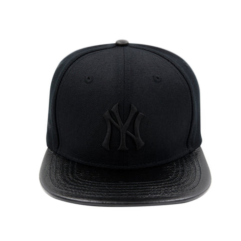 NEW YORK YANKEES LOGO (black on black)