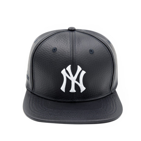 NEW YORK YANKEES LOGO (Navy Leather)