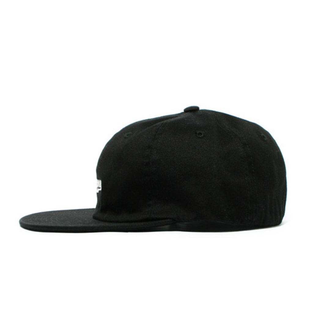 Supreme Script Logo Fitted 6 Panel – Black