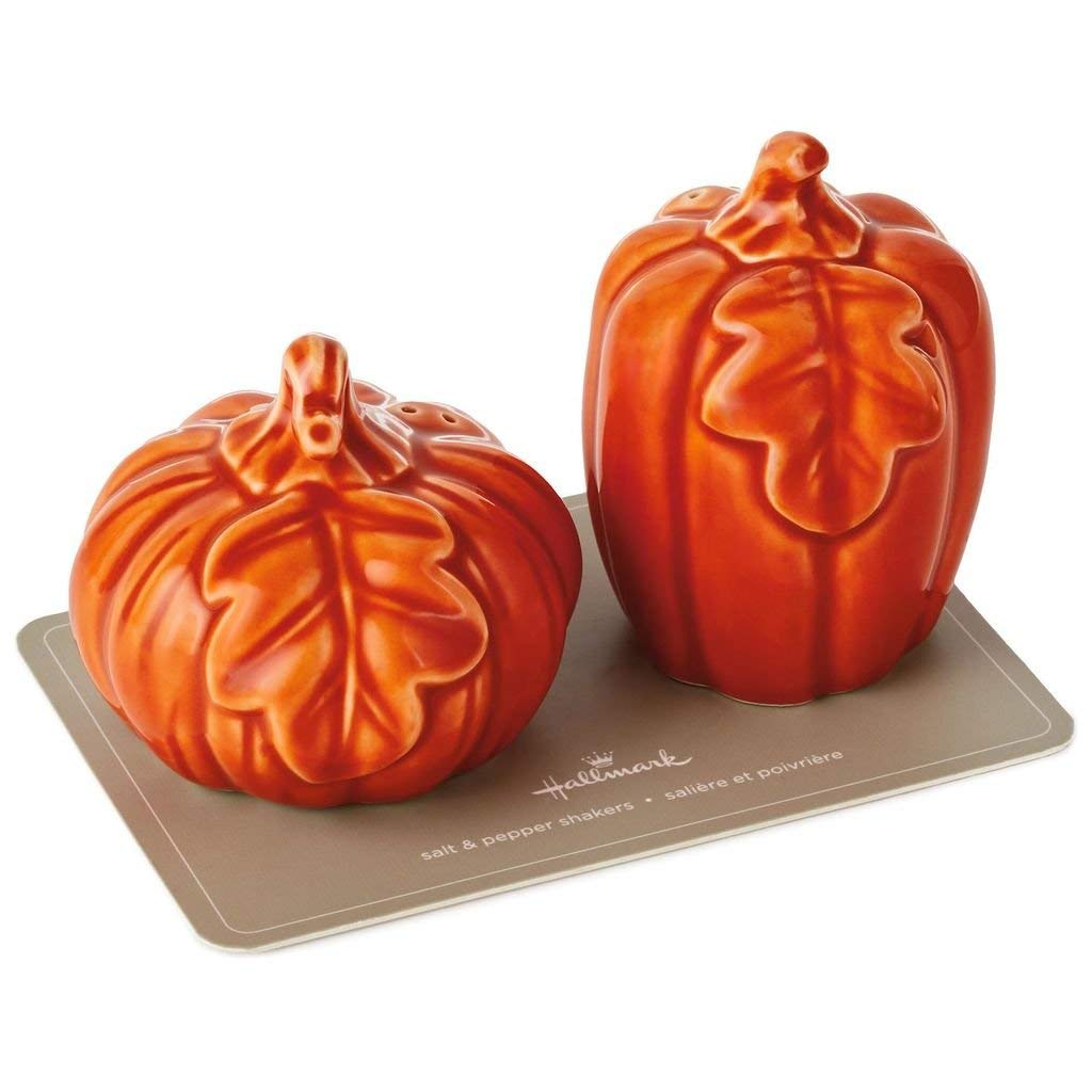 HMK  Hallmark Ceramic Pumpkin Salt and Pepper Shakers, Set of 2