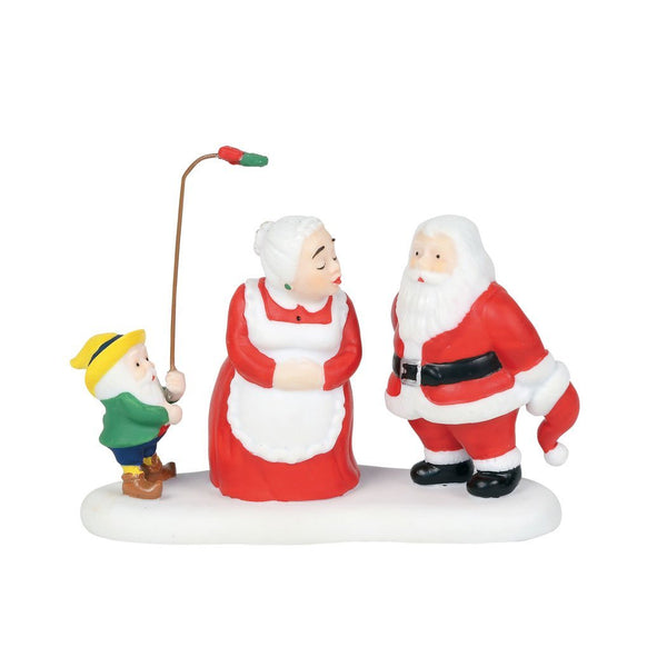 Department 56 North Pole Series A Christmas Kiss