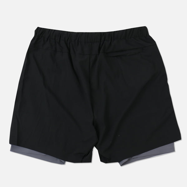 Wolves Compression Shorts in Black