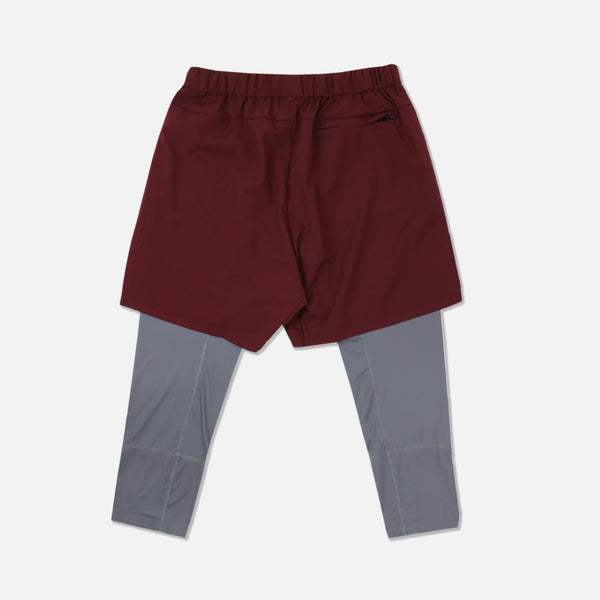 Wolves 3/4 Length Compression Shorts in Maroon/Gray