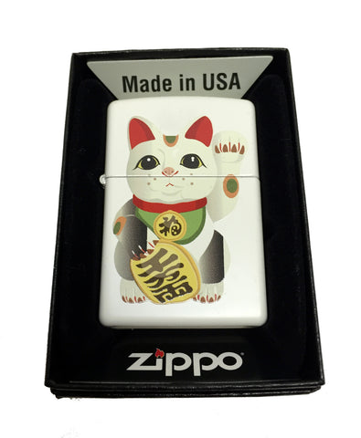 Zippo Custom Lighter - Maneki Neko Beckoning Cat - Regular White Matte 214CI401846