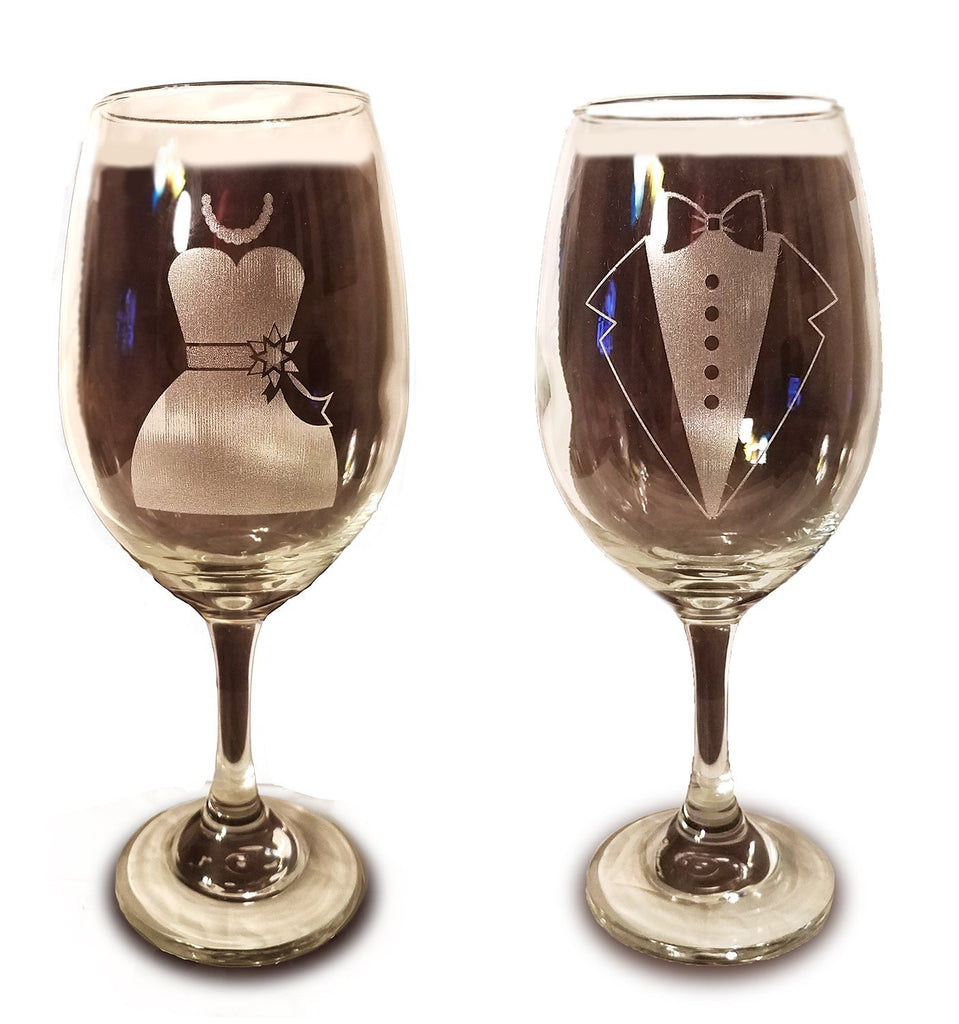 Laser Engraved Bride and Groom Glasses - 20 oz Wine Glasses - Wedding Toasting Set of 2 - Couples Gifts - Engagement Gift - Original Wedding Gifts - Custom Wedding