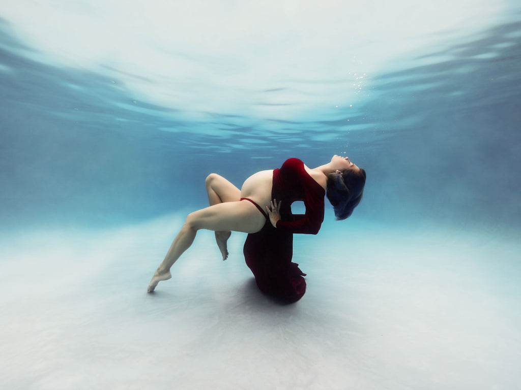 How Underwater Maternity is Different from Topside