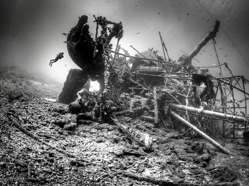 Underwater Wreck Photography Settings and Technique