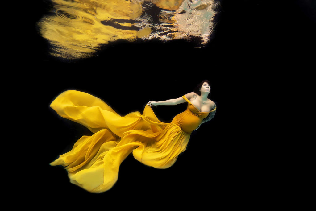 Karen Bagley Underwater Maternity Photo