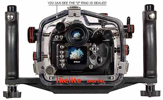 200FL Underwater TTL Housing for Nikon D100 DSLR