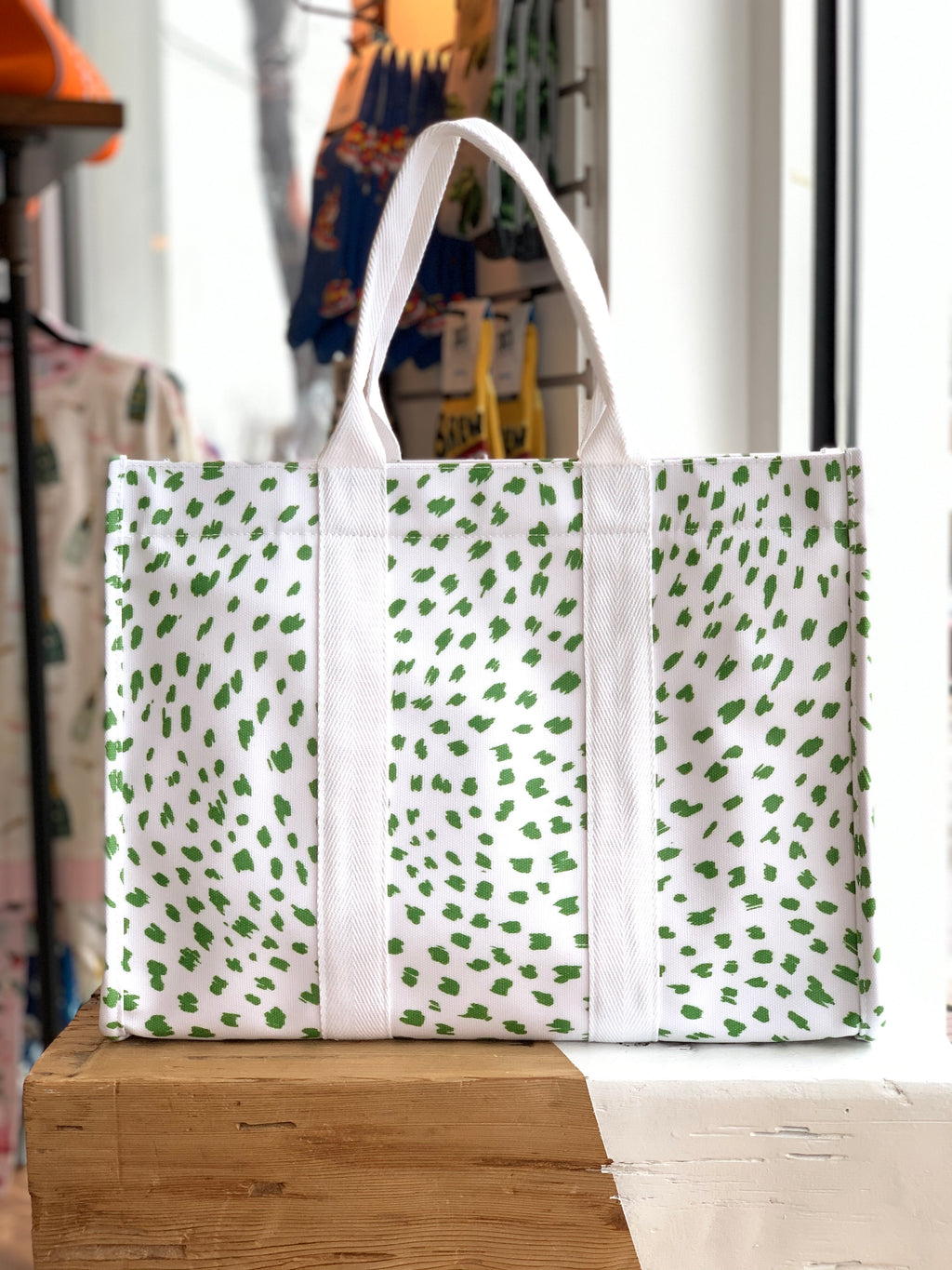 Large Tote - Green Spot