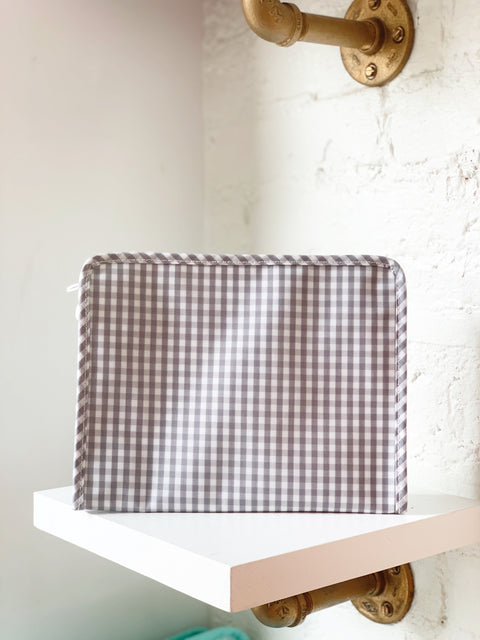 Roadie Medium - Grey Gingham