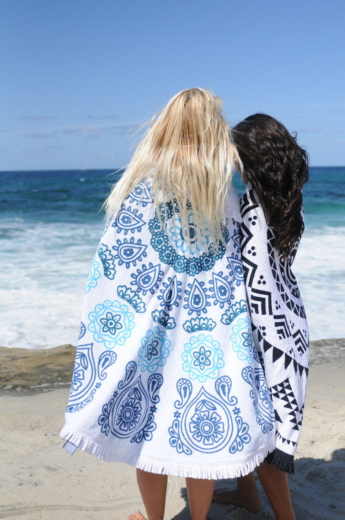 Moana Beach Throw Roundie