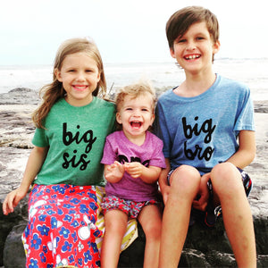 big bro or big sis sibling shirts for birth announcement hospital outfit with newborn Colors- red, blue, grey, mint, purple- boys girl kids shirt