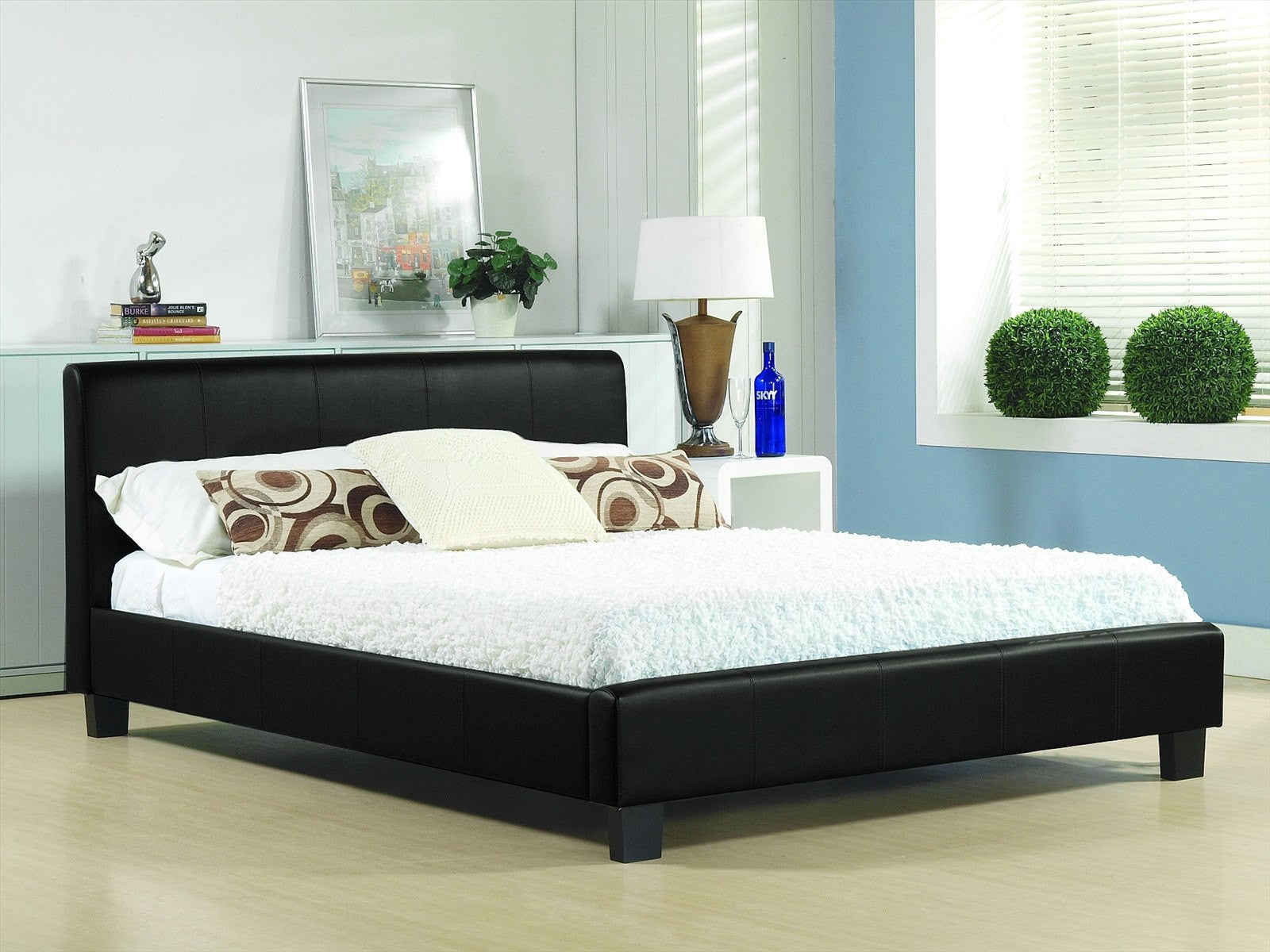 TIME LIVING Hamburg Black Faux Leather Bed