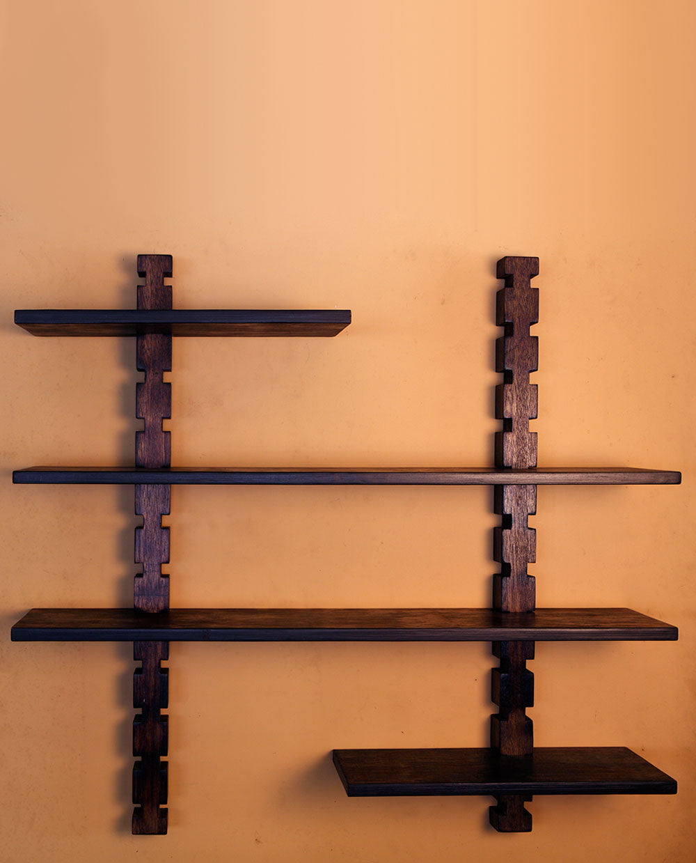 Wall Shelf - 2 Rods and Four Shelves - Dhoop