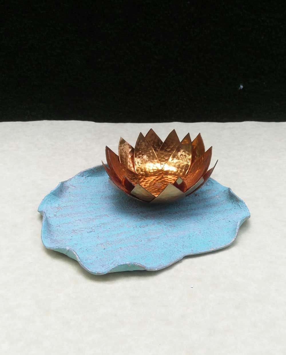 Lotus Leaf Platter - Dhoop