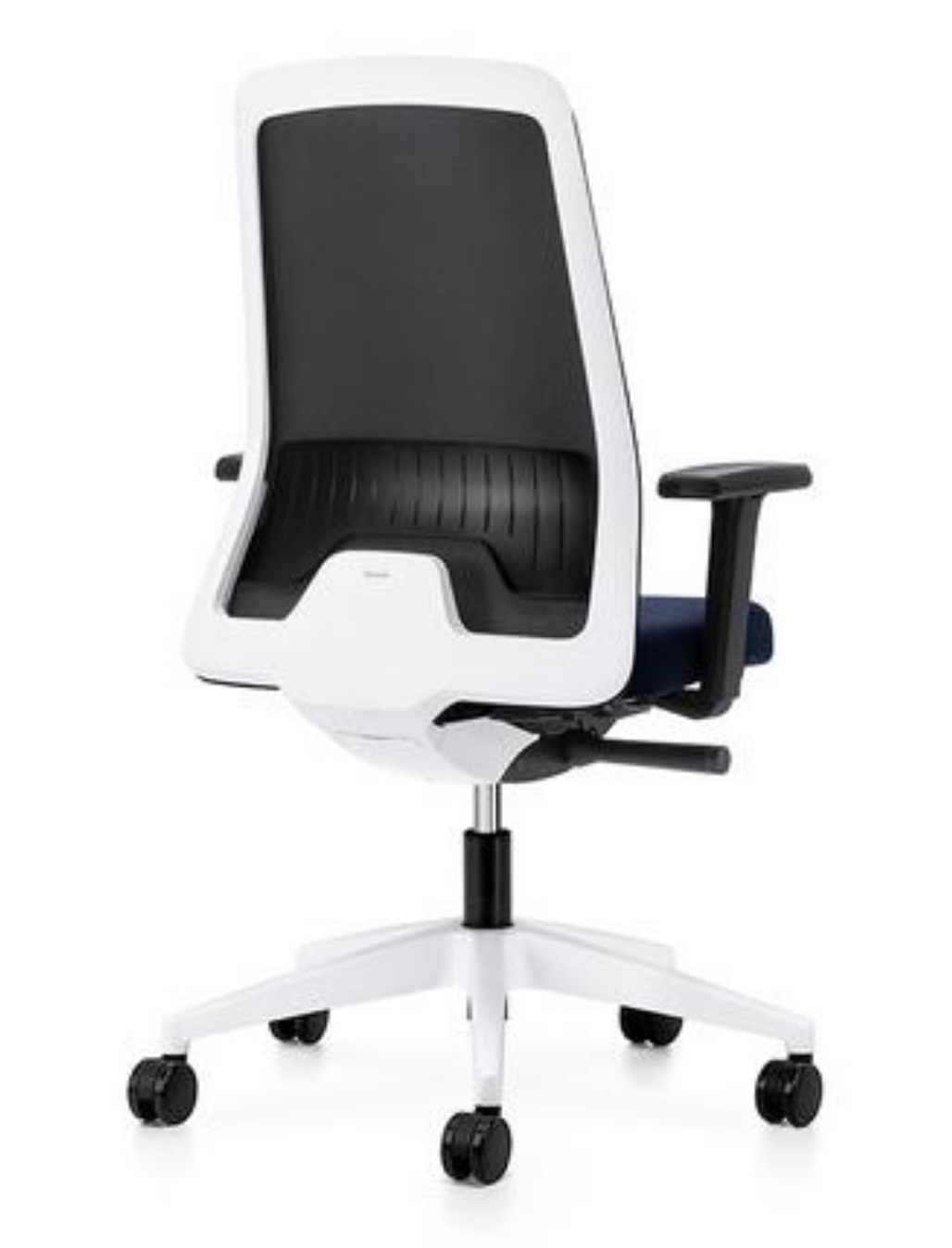 4 Ergonomic Swivel Chairs that are Guaranteed to Improve your work life!
