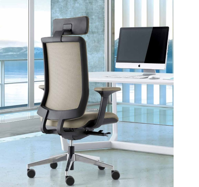 WI-MAX SWIVEL CHAIR