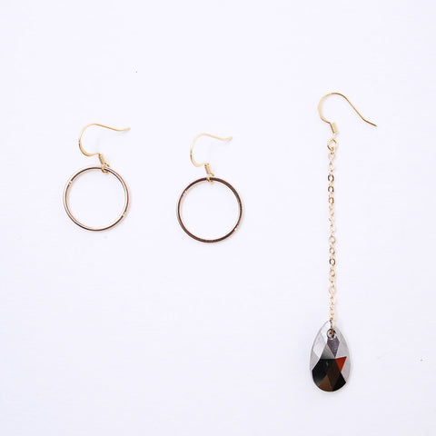 Gold Bar Circle Earring