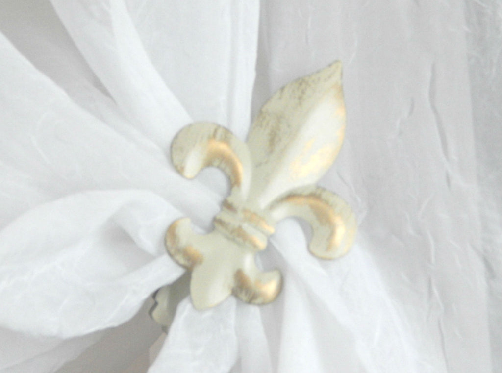 Fleur de Lys Clip - Cream/Gold ( pair) - Sheer Ideas