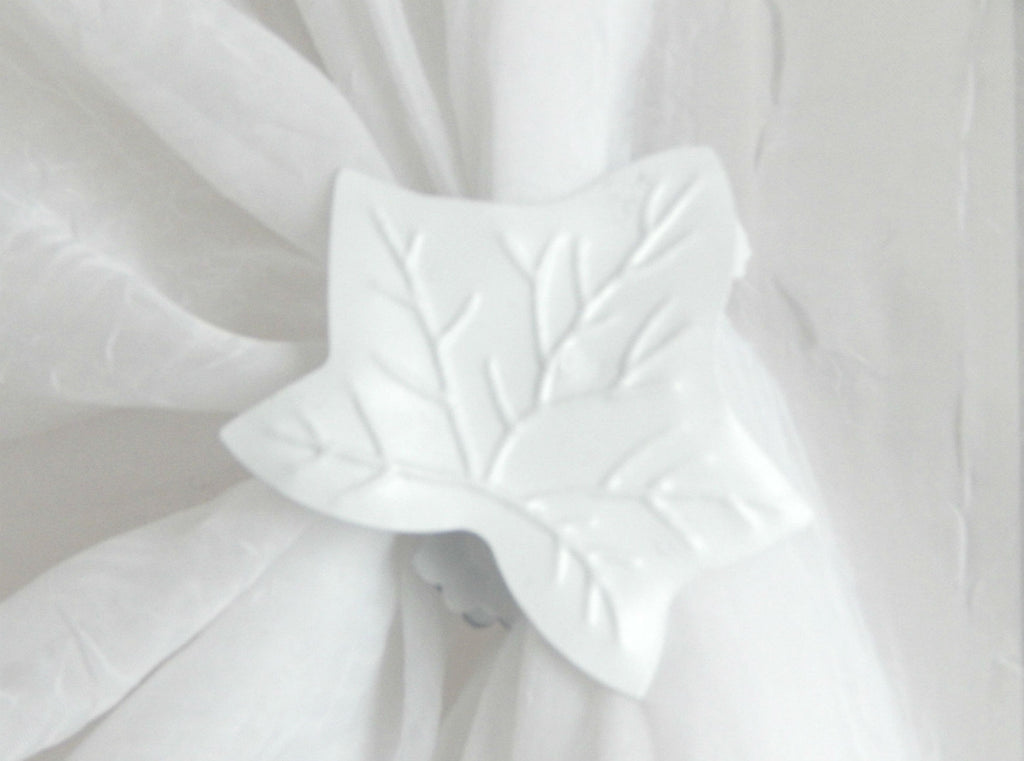 Ivy Leaf Clip - White ( pair) - Sheer Ideas