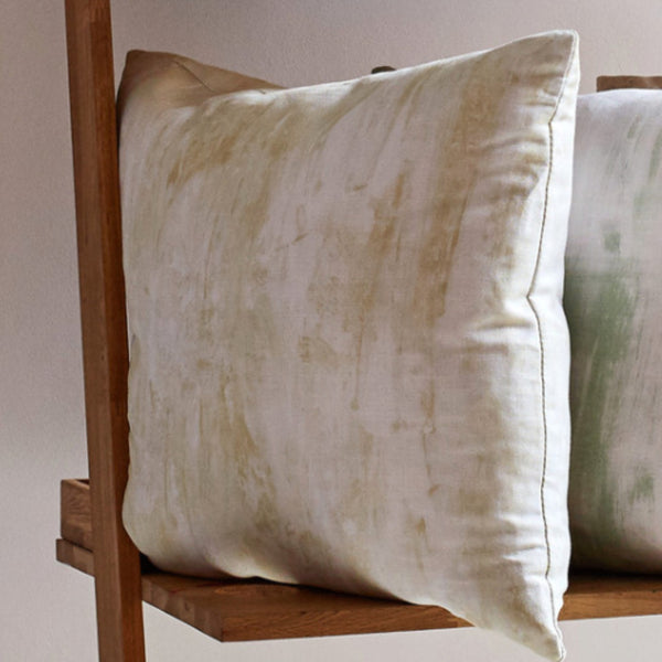 Alabaster cushion