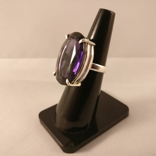 Amethyst | Size O | Lab-created | 925 Sterling Silver Ring