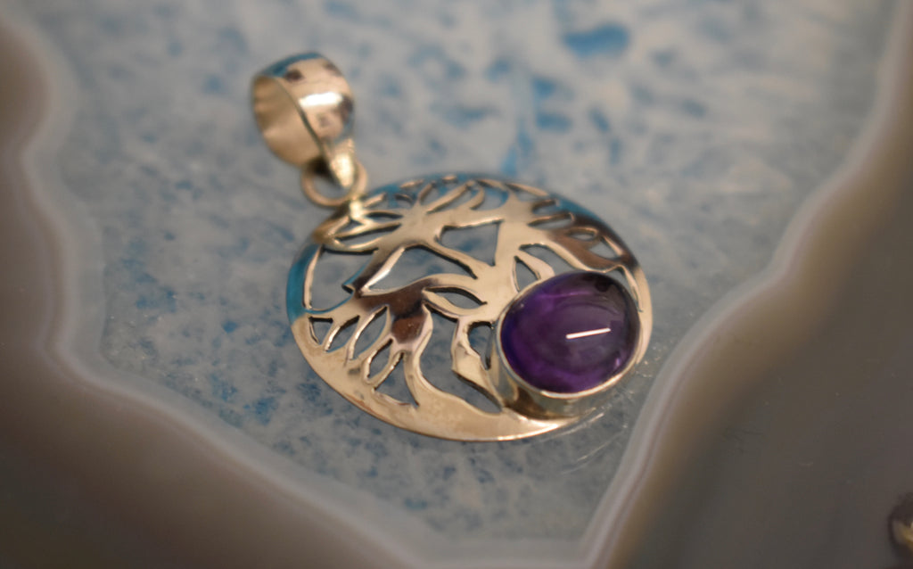 Sterling Silver Amethyst Floral Pendant (925)