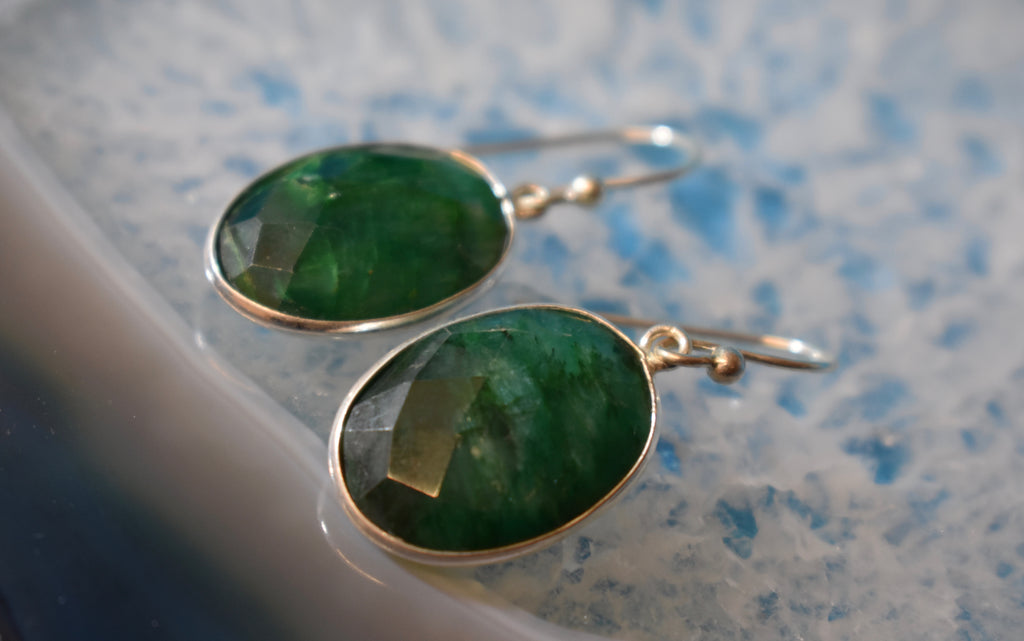 Sterling Silver Faceted Emerald Earrings (925)