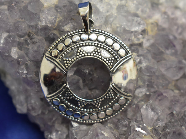 Sterling Silver Detailed Pendant (925)