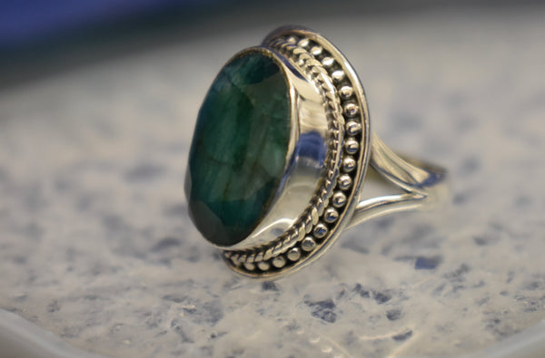 Dotted Emerald Ring