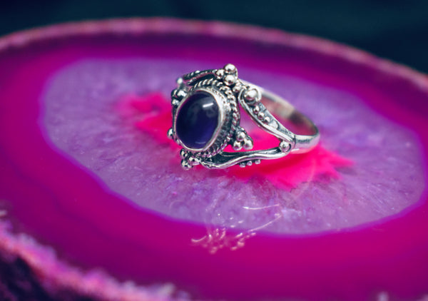Detailed Amethyst Ring