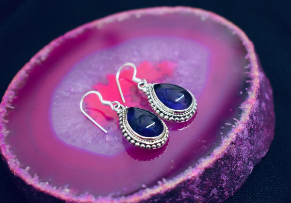 Detailed Tear-drop Amethyst Earrings